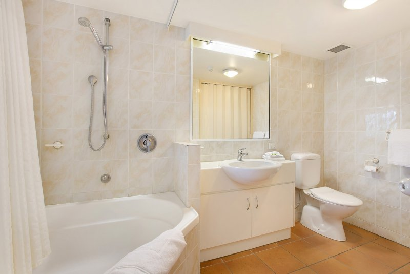 1 Bedroom Bathroom. Cairns Apartments   Tropic Towers